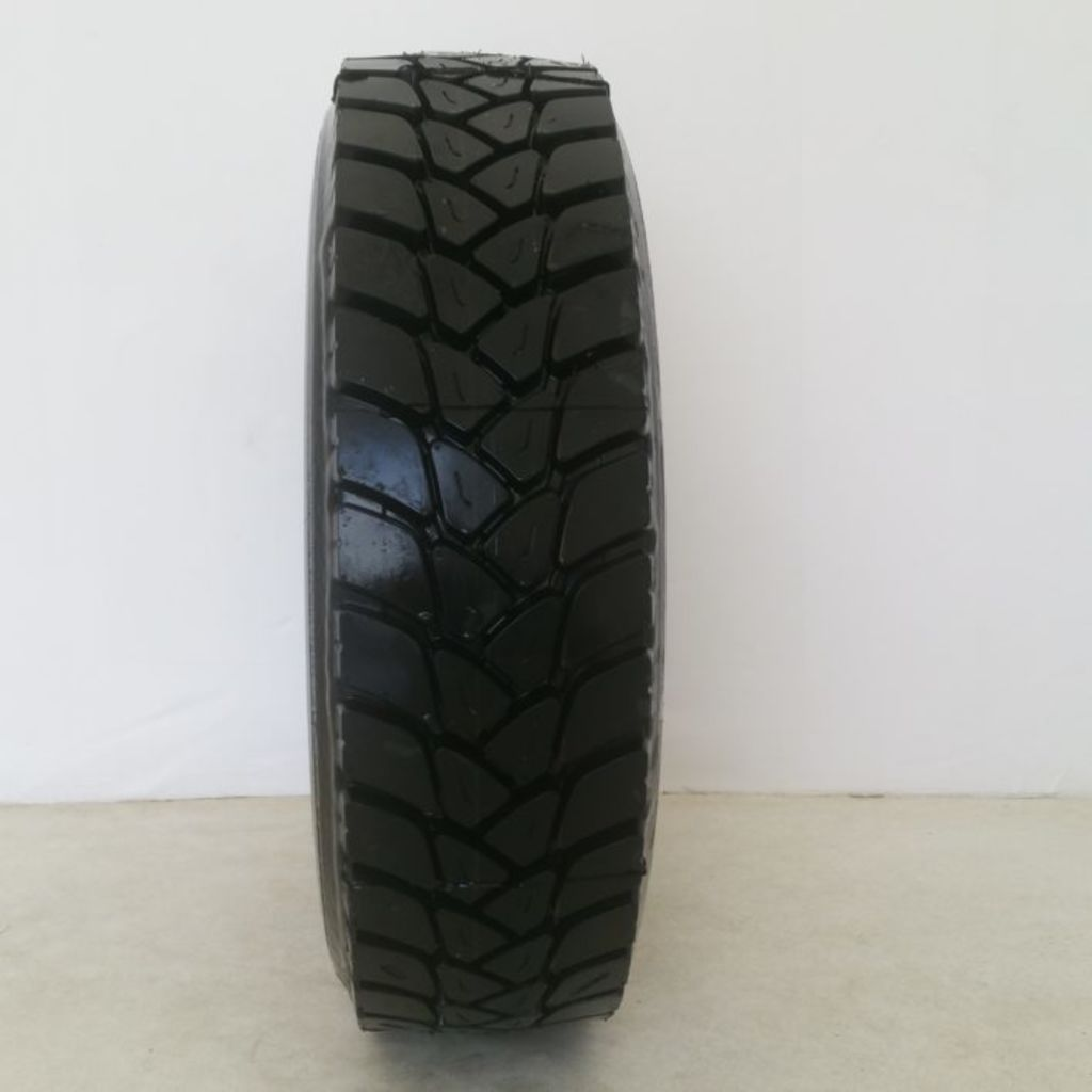 Anvelopă Bridgestone 31570R22.5 (2)